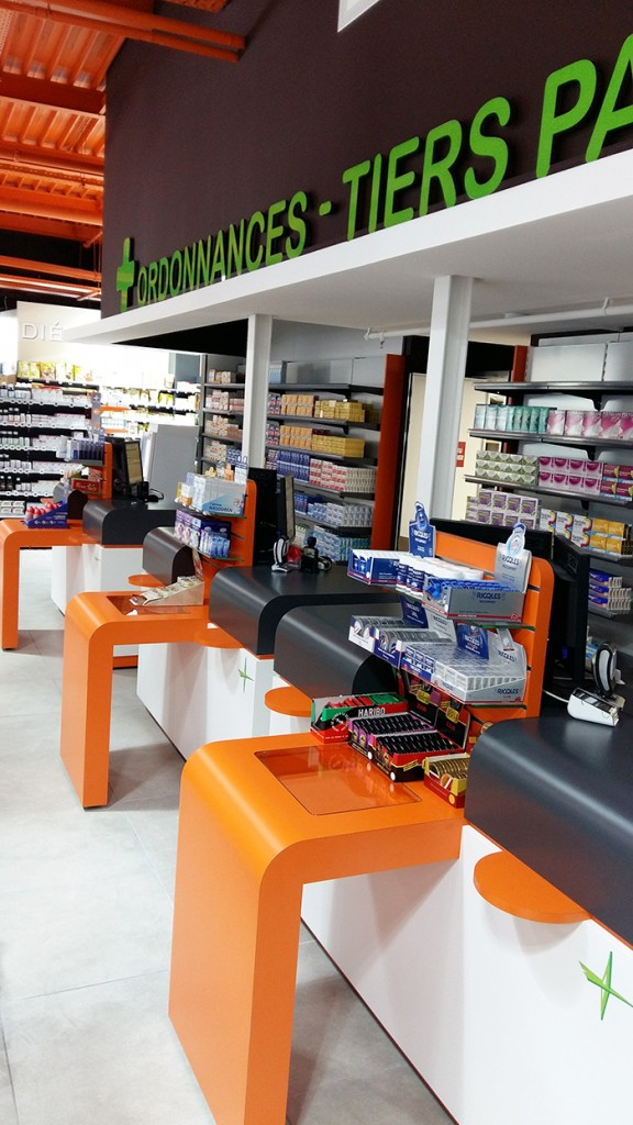 Pharmacie la capelle boursin agencement for Boursin agencement