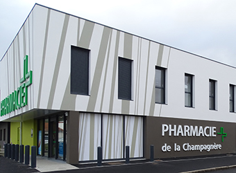 CREATION PHARMACIE LACHAMPAGNIERE EXTERIEURE