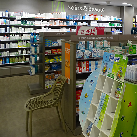 PHARMACIE LA CHAMPAGNERE VUE GLOBALE INTERIEURE