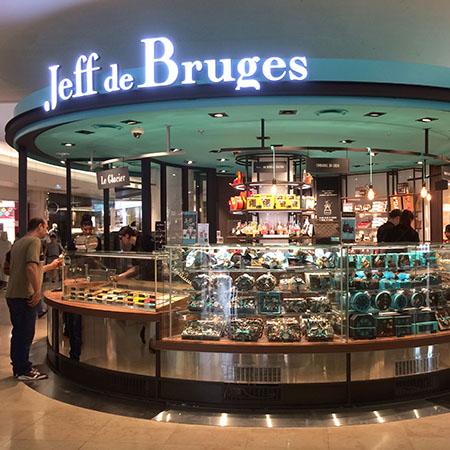 KIOSQUE JEFF DE BRUGES CC Les 4 temps