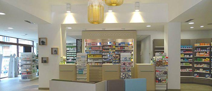 Agencement_Transfert_Pharmacie-TRAVOUILLON_Normandie_Calvados_UNE