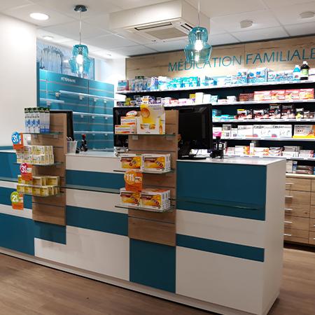 Agencement_création_pharmacie_SAINT GERMAIN_Bretagne_UNE